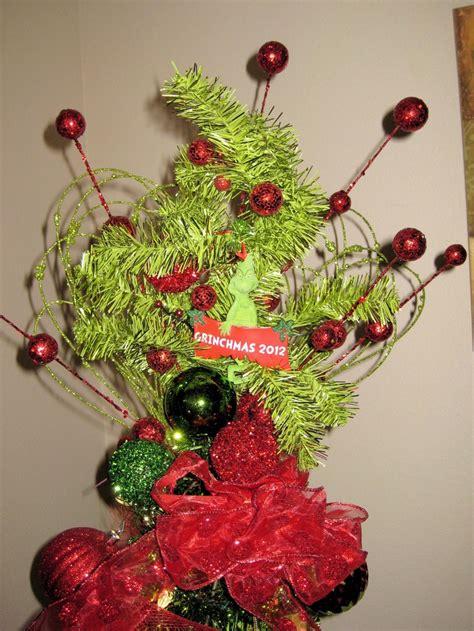 the grinch tree topper meer dan 1000 afbeeldingen ideas grinch whoville op bomen kerstbomen