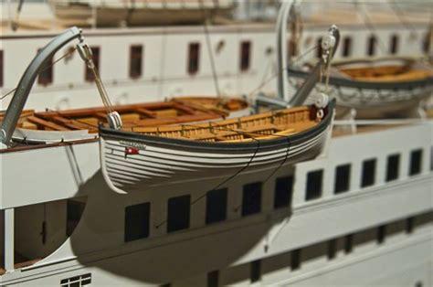 cardboard lifeboat titanic model lifeboat phixer323 galleries digital
