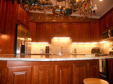 natural cherry kitchen cabinets natural cherry kitchen cabinets