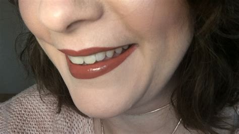 Lipstik Make Original makeup revolution retro luxe gloss lip kit