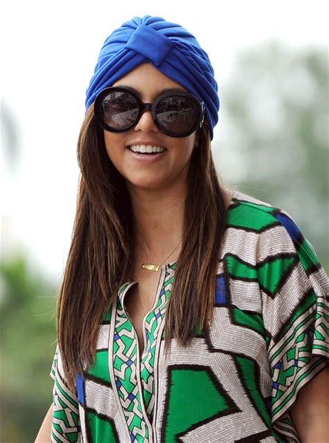 turban that straightens hair kourtney kardashian height weight body statistics