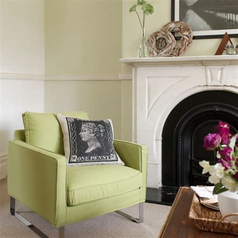 Living Room Accessories In Lime Green Lime Green And White Living Room Living Room Decorating