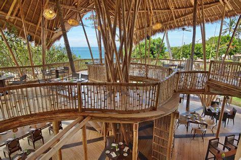 design interior cafe dari bambu 18 beachfront restaurants in bali where you can dine with