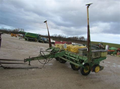 Row Crop Planter by Wisconsin Ag Connection Deere 7000 Row Crop Planters For Sale