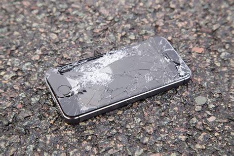 walk   broken smartphones
