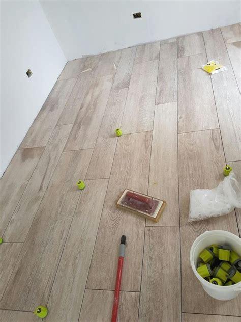 pavimento porcellanato effetto legno pavimento gres porcellanato effetto legno como di