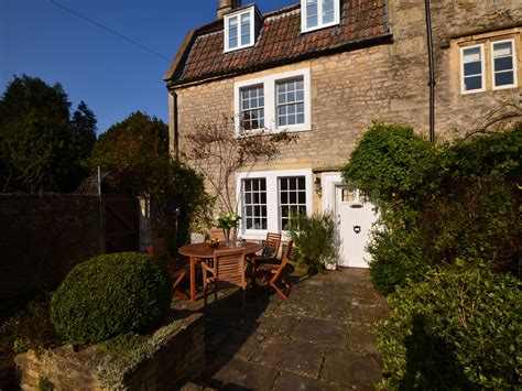 3 bedroom cottage in bath friendly cottage in bath
