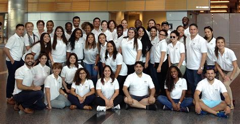 Fiu Corporate Mba Calendar by Fiu Hcmba Students Go To The Land Where Healthcare Dollars