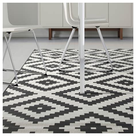 black and white rug lappljung ruta rug low pile white black 200x300 cm ikea