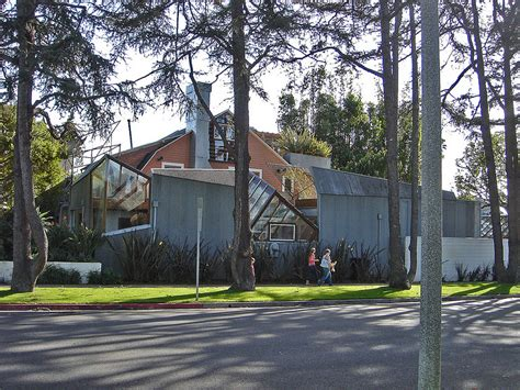 Frank Gehry House by Research The House That Shaped An Architectural