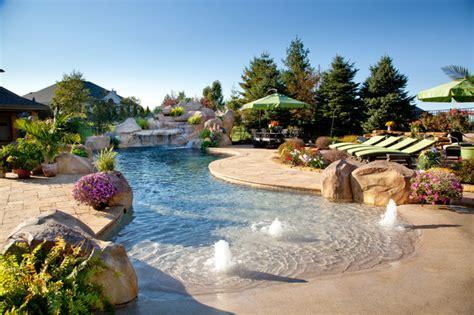 Sprei California No 3 estate 10 tropical pool cincinnati by