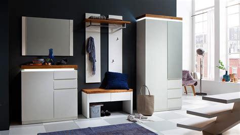 garderobe skandinavisch bank romina garderobe in wei 223 matt lack und eiche massiv