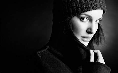 black and white wallpaper of actress actress black and white natalie portman women