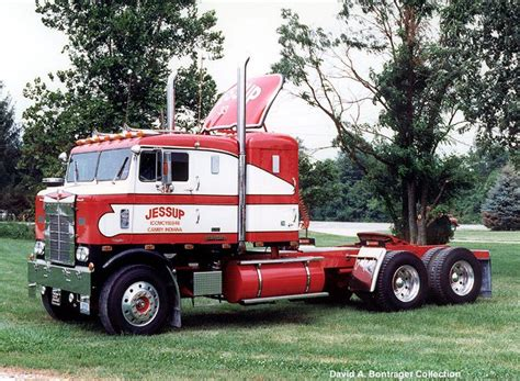old kenworth trucks 10408 best cool old kw and petes images on pinterest