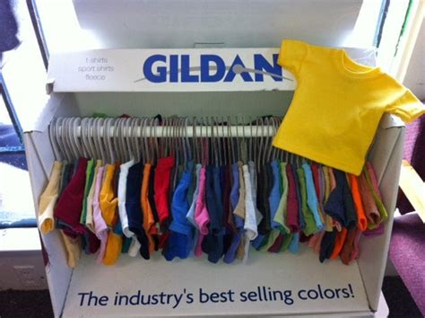 Gildan Mini mini t shirt display with all colors offered through