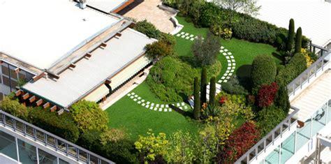 tetto a giardino tetti verdi vantaggi ecologici e economici casanoi