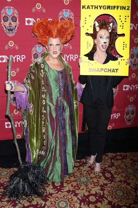 bette midler in hocus pocus costume bette midler revives hocus pocus witch winifred