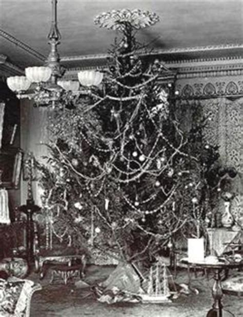 jmg design christmas trees in the late 1800 s
