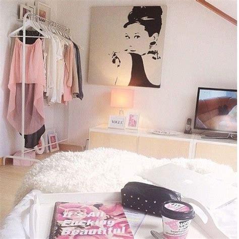 audrey hepburn style bedroom audrey hepburn ikea room rooms roomspiration image