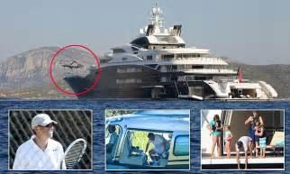 Amazing stories around the world world richest man bill gates treats