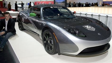 Tesla Roadster For Sale Canada Tesla Begins Selling Electric Roadsters In Canada Ctv News