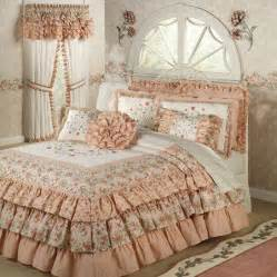 Bedspreads And Quilts 25 Best Ideas About Ruffle Bedspread On