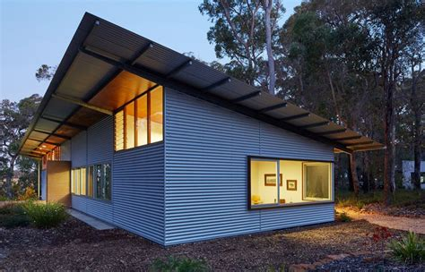 examples  corrugated steel     siding