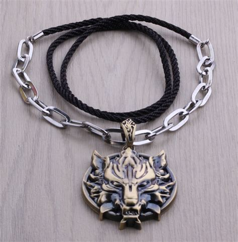 j r wolf pendant necklaces for