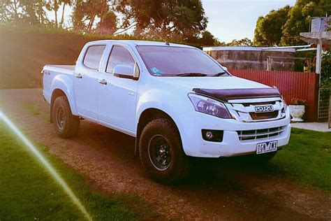 isuzu dmax 2016 2016 isuzu dmax lsm review loaded 4x4