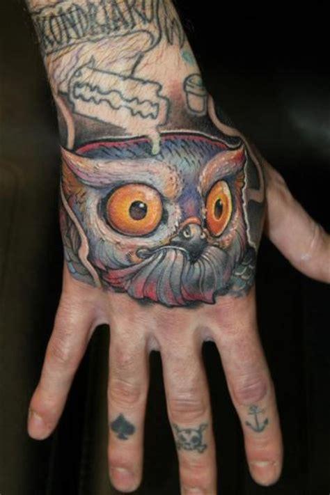 tattoo hand new school tatuaje new school mano b 250 ho por victor chil