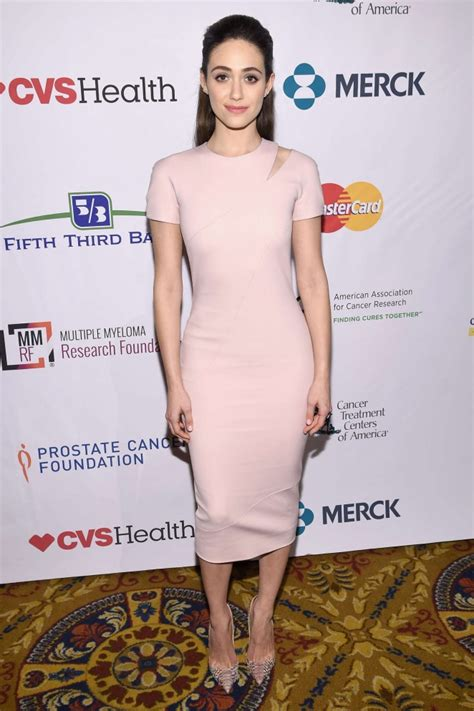 emmy rossum vancouver emmy rossum stand up to cancers new york standing room