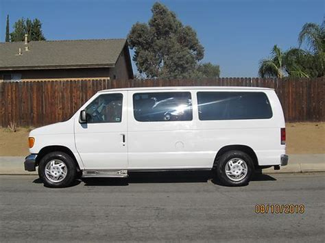 sell used handicap van 2005 ford e150 7 passenger rear electric wheel chair in moreno valley