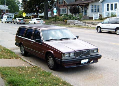 curbside classic  volvo gl station wagon moms jinx