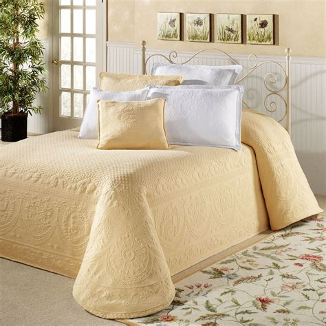 king size bed spreads white chenille bedspreads king size bedding sets
