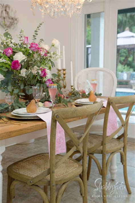 elegant table centerpiece french country decorating