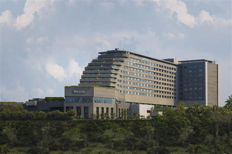 hotels on boat club road pune hotel the westin pune koregaon park india booking