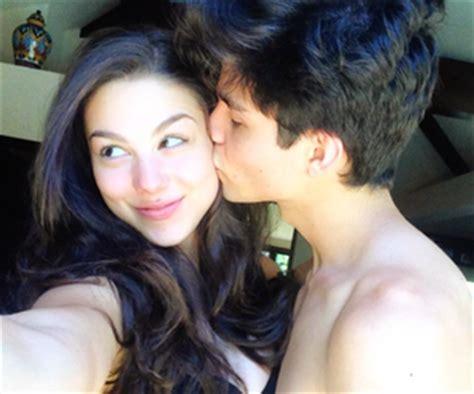 imagenes de jack griffo y kira kosarin little mermaid kiss the girl shirt hot girls wallpaper