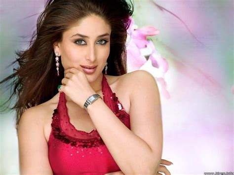 biography of kareena kapoor kareena kapoor mini biography and beautiful wallpaper