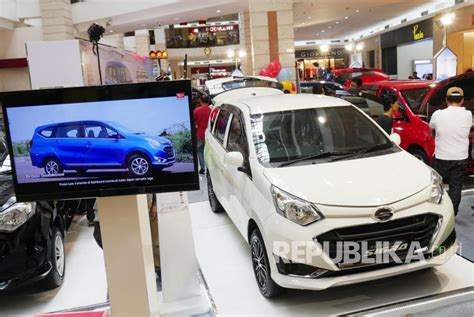 Tv Mobil Sigra daihatsu sigra warna putih paling laris republika