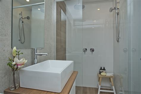 1940s bathroom 28 images real reno a guts their 1940s real reno floorplan change makes all the difference