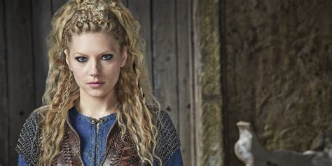 vikings lagertha hair katheryn winnick lagertha s hairstyle in vikings strayhair