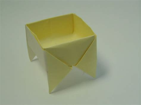 Origami Big Box - footed origami box