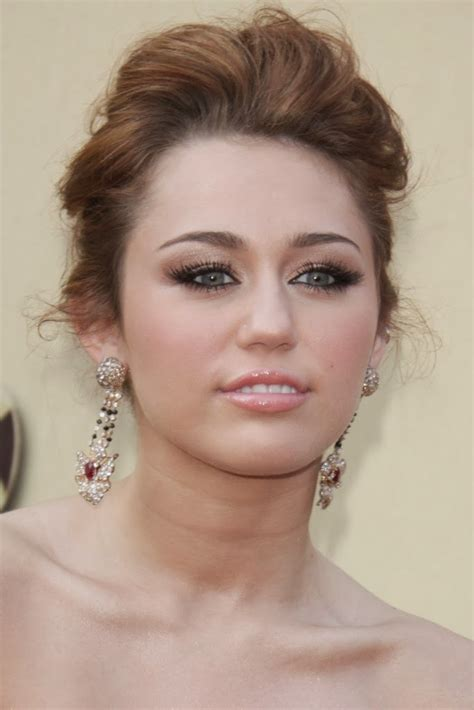 Miley Cyrus Hairstyles by Prom Hairstyles Miley Cyrus