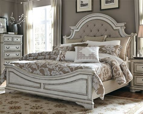 Antique King Size Bedroom Sets by Antique White Traditional 6 King Bedroom Set