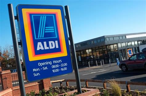 aldi opening times supermarkets st s opening hours times for