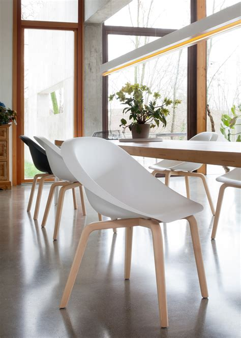 karim rashid b line debuts new chair designs by karim rashid and
