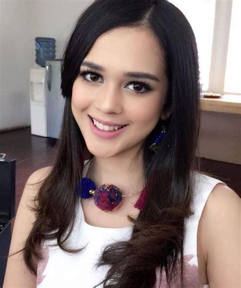 8 wanita indonesia yang harus diangkat ke film layar lebar 8 artis indonesia berdarah aceh ini cantiknya bikin cowok