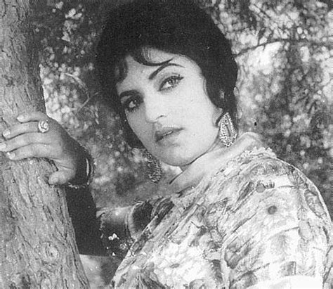 Biography Of Film Actress Firdous | famous actress of lollywood firdous best movies film