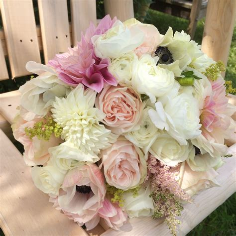 wedding flowers beautiful blush pink and white flowers for vermont