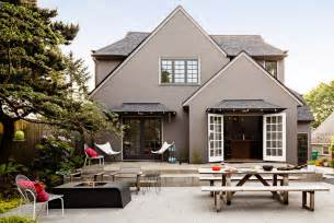 10 creative ways to find the right exterior home color freshome com